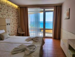 Aphrodite_hotel_room_sea3