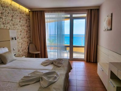 Aphrodite_hotel_room_sea3