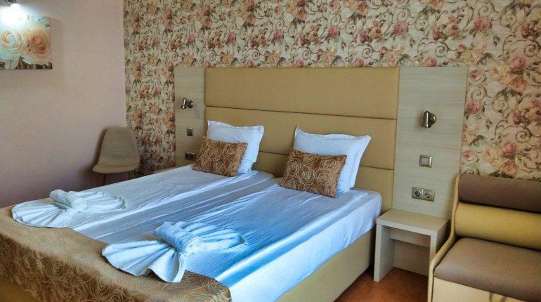 Aphrodite_hotel_room_park_sea3